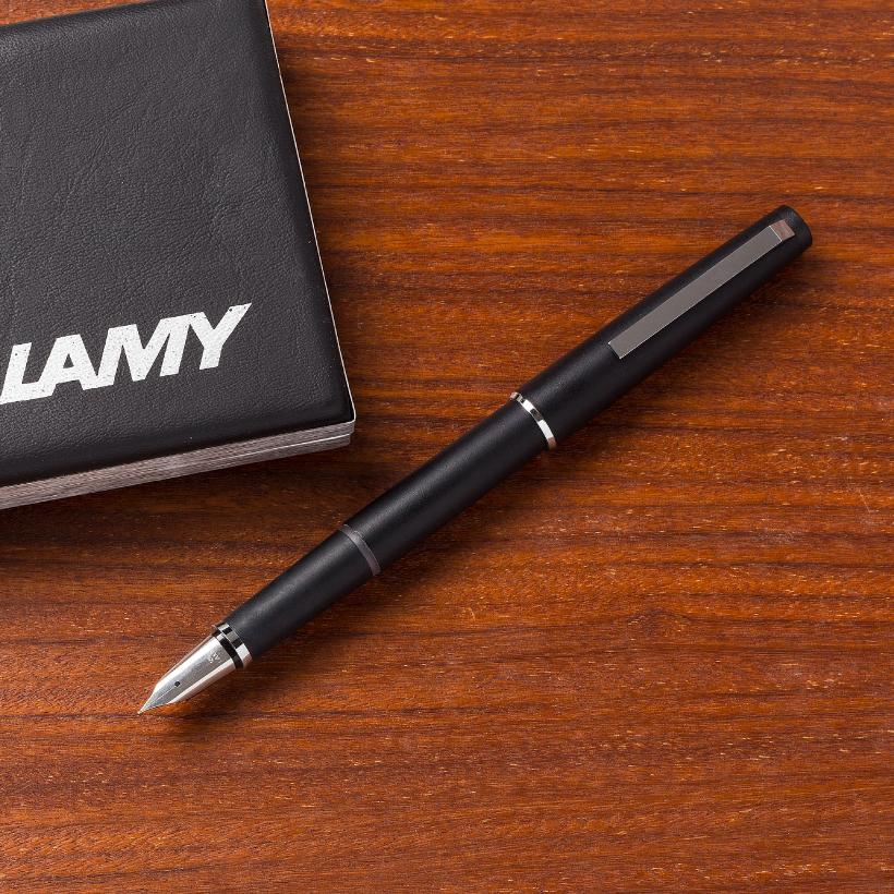 名作2000の流れを汲んだ貴重な万年筆