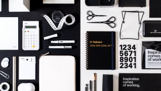 白と黒の文房具